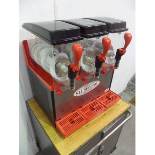 SLUSHER Classic 3 x 8 litres red/black (used)